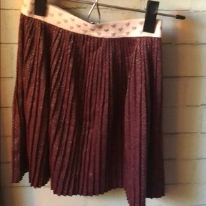 Metallic pelleted maroon skirt